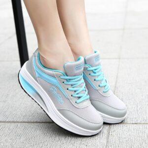 נעלי ספורט לנשים דגם 201