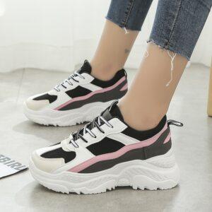 נעלי ספורט לנשים דגם 211