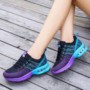נעלי ספורט לנשים דגם 208